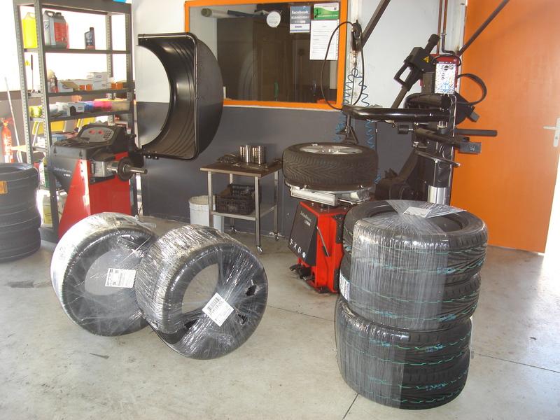 self garage sarl lavage auto plaisance pneumatiques. Black Bedroom Furniture Sets. Home Design Ideas